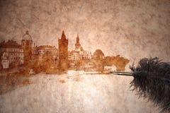 Ansicht von Prag auf einem Weinlesepapier Lizenzfreie Stockbilder