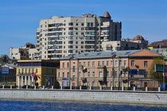 Ansicht von Primorsky-Allee in St Petersburg, Russland Lizenzfreie Stockbilder