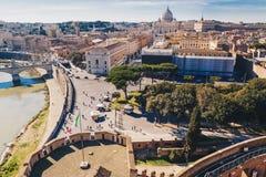 Ansicht von Rom und von Vatikanstadt von einem Fenster von Castel Sant-` Engel Stockfotografie