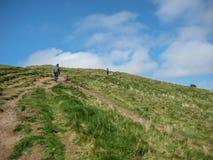 Ansicht von Salisbury-Felsspitzen auf Holyrood-Park lizenzfreie stockfotos