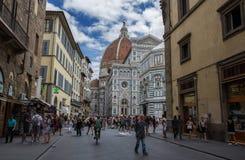 Ansicht von Santa Maria-dei Fiori, von Haube und von Baptistery in Florenz, Toskana, Italien lizenzfreie stockfotos