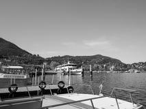 Ansicht von See Como in Schwarzweiss Lizenzfreies Stockfoto
