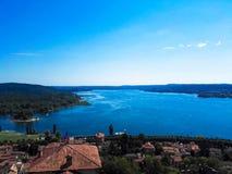 Ansicht von See Maggiore Stockfotos