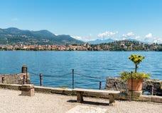 Ansicht von See Maggiore von der Insel Madre, ist eine der Borromean-Inseln, Italien Stockfotos