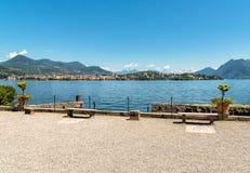 Ansicht von See Maggiore von der Insel Madre, ist eine der Borromean-Inseln, Italien Lizenzfreies Stockfoto