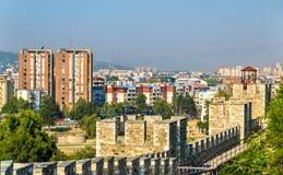 Ansicht von Skopje von der Festung stockbild