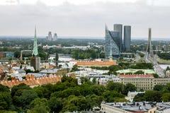 Ansicht von St- Peter` s Kirche in den zentralen Bezirken und im ol Lizenzfreie Stockfotos