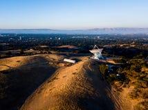 Ansicht von Stanford Sattelite Dish von der Luft Lizenzfreie Stockbilder