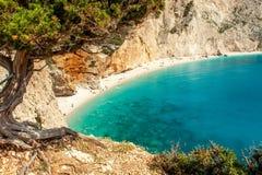 Ansicht von Strand Porto Katsiki, Lefkas Griechenland lizenzfreie stockfotografie