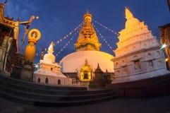 Ansicht von Swayambhunath nachts Stockbilder