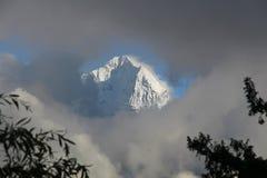 Ansicht von Tamserku vom Namche Basar Stockbild