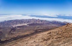 Ansicht von Teleferico des Bergs Teide, GarcÃa-` s Felsen, Nationalpark Teide, Teneriffa, Kanarische Inseln, Spanien stockbild