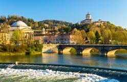 Ansicht von Turin über dem Po Stockbild