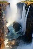 Ansicht von Victoria Falls vom Boden Nationalpark Mosi-oa-Tunya und Welterbestätte Zambiya zimbabwe lizenzfreie stockfotos
