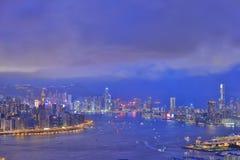 Ansicht von Victoria Harbour in HK nachts Lizenzfreies Stockfoto
