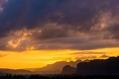 Ansicht von Vinales-Tal bei Sonnenuntergang Stockfotografie