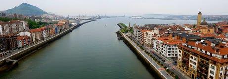 Ansicht von Vizcaya-Brücke in Bilbao stockfotografie