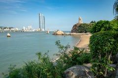 Ansicht von Xiamen von Gulangyu-Insel lizenzfreie stockfotografie