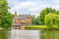Ansicht am Wissekerke-Schloss in Bazel - Belgien lizenzfreie stockfotografie