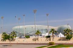 Ansicht an Yas-Jachthafen in Abu Dhabi vom Meer Stockfoto