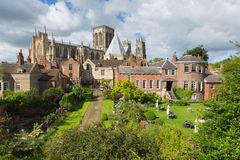 Ansicht York-Münster-Yorks England von den Stadtmauern der Kathedrale und der Touristenattraktion Lizenzfreie Stockbilder