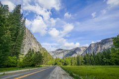 Ansicht Yosemite Valleyl lizenzfreies stockfoto