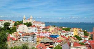 Ansicht zu Alfama-Bezirk von Lissabon Lizenzfreie Stockfotografie