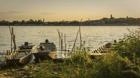 Ansicht zu altem Zemun von der Donau lizenzfreies stockfoto