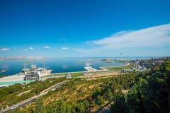 Ansicht zu Baku-Bucht vom Hochlandpark Lizenzfreie Stockfotos