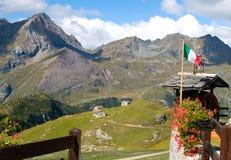 Ansicht zu den Alpen stockfoto