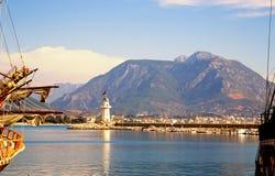 Ansicht zu den Bergen und zum Meer von der Promenade im Cent Stockbild