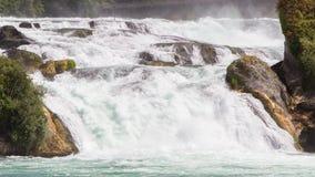 Ansicht zu den größten Wasserfällen von Europa in Schaffhausen, Switze Stockfotos