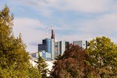 Ansicht zu den Skylinen von Frankfurt Lizenzfreie Stockfotografie
