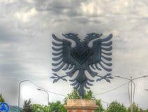 Ansicht zu Eagle-Monument am Eagle-Quadrat, Tirana, Albanien stockfoto