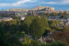 Ansicht zu Edinburgh-Schloss Stockfotos