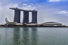 Ansicht zu Marina Bay Sands Resort- und ArtScience-Museum Lizenzfreies Stockbild