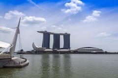 Ansicht zu Marina Bay Sands Resort, zum Pier und zu ArtScience-Museum Lizenzfreies Stockbild
