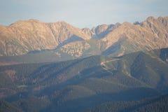 Ansicht zu Tatra-Bergen von Gubalowka-Hügel Stockbild