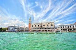 Ansicht zum Palast des Doges in Venedig lizenzfreie stockfotografie