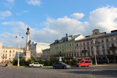 Ansicht zum Quadrat von Mickiewicz in Lemberg-Stadt Lizenzfreie Stockfotos