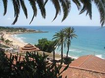 Ansicht zum Schacht und zum Strand - Spanien Stockbild