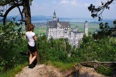 Ansicht zum Schloss von Neuschwanstein, Deutschland lizenzfreies stockfoto