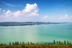 Ansicht zum See Balato von Tihany, Ungarn Stockbild
