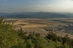 Ansicht, zum von Balkan-Tal von Balkan-Berg einzuspringen Stockbild