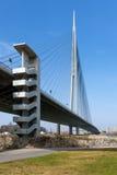 Ansicht zur Ada-Brücke auf dem Fluss Sava in Belgrad, Serbien Stockfotografie