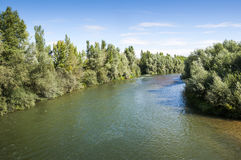Ansichten des Flusses Esla Stockfotos