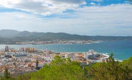 Ansichten von der Seite des Hügels in der Nähe in St. Antoni de Portmany Balearic Islands, Ibiza, Spanien Stockbild