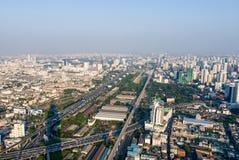 Ansichten von Himmel Bangkoks Baiyoke stockbild