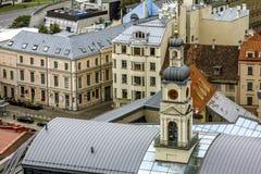 Ansichten von Straßen und von Quadraten in der historischen Mitte von Riga in L Stockbild
