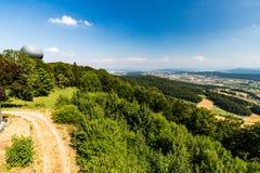 Ansichten zu vom Berg Lagern nach Zürich lizenzfreie stockfotografie
